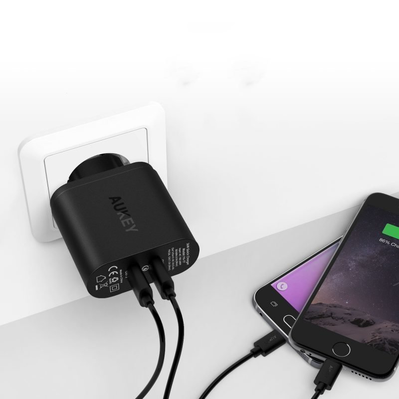 Aukey Dual USB Turbo Charger PA-T7