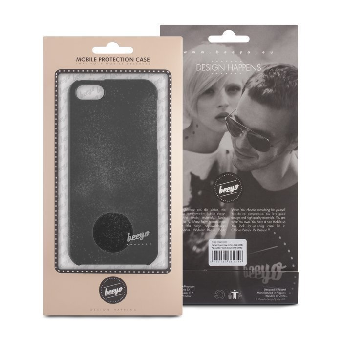 Beeyo Spark Black suojakotelo iPhone 5 / 5S