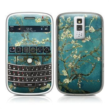 BlackBerry Bold 9000 Blossoming Almond Tree Skin