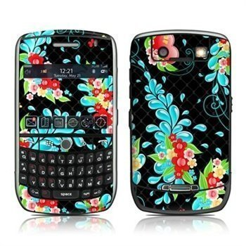 BlackBerry Curve 8900 Betty Skin