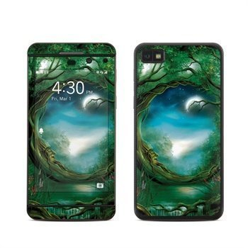 BlackBerry Z10 Moon Tree Skin